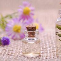 essential-oils-3084952_1920